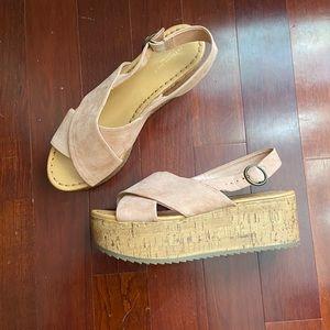 American Eagle Platform Sandal size 9